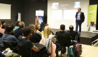 La charla sobre nanorobots de Samuel Sánchez entusiasma al público